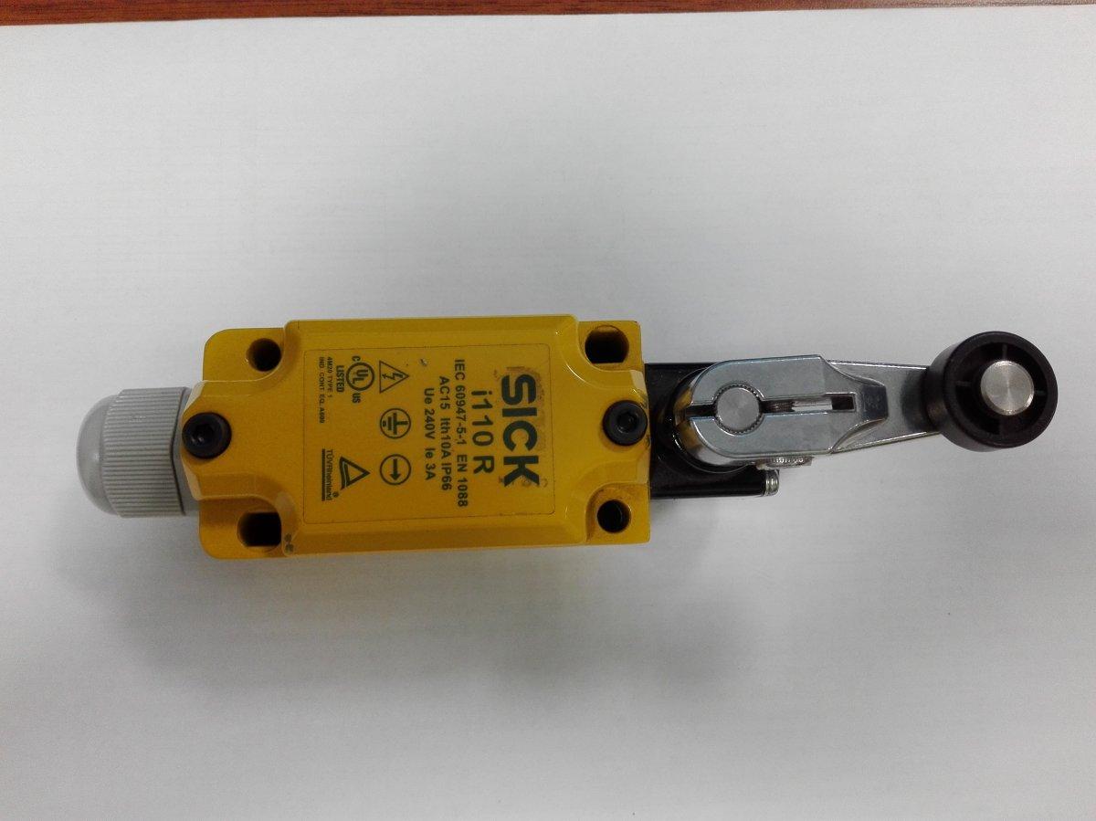 Elektromechaniczny wyłącznik bezpieczeństwa