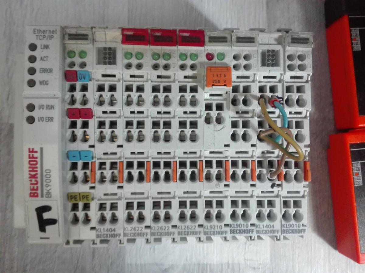 sprzedam sterownik BECKHOFF BX 9000 z modułami