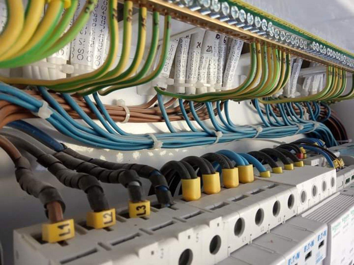 Instalacje elektryczne, automatyczne, teletechniczne