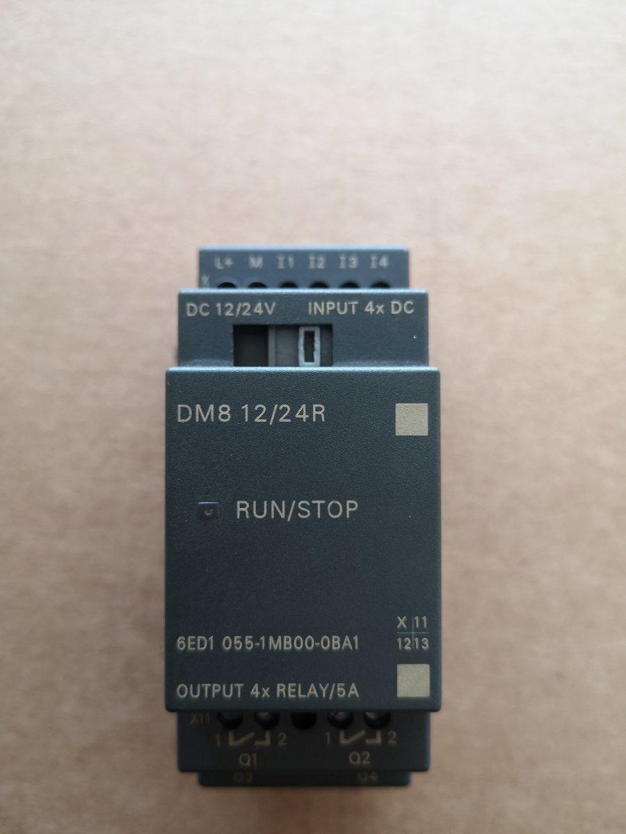 Moduł rozszerzeń Siemens 6ED1 055-1MB00-0BA1 4 we/wy przekaźnikowe