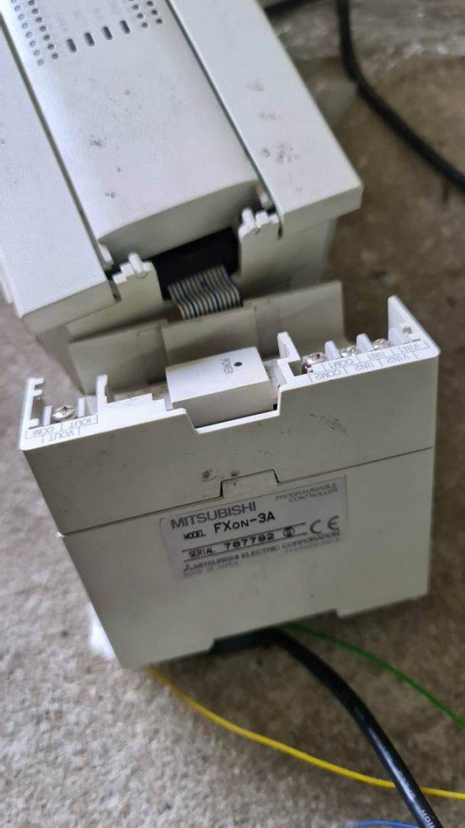 Mitsubishi FXon-3A - moduł wejść/wyjść analogowych