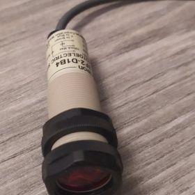 Czujnik optyczny OMRON E3F2 fotoelektryczny odbiciowy cylindryczny laser laserowy
