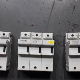 Rozłącznik bezpiecznikowy SOCOMEC RM100 3p 22x58 56035003- B
