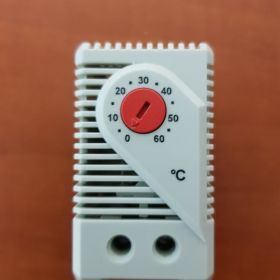 Termostat ogrzewania  KTO 011