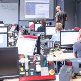 Szkolenie - Programowanie sterowników logicznych SIEMENS SIMATIC S7-300/400 w TIA PORTAL - kurs zaawansowany