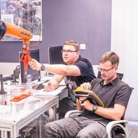 Szkolenie - INTEGRACJA ROBOTÓW KUKA ZE STEROWNIKIEM PLC SIEMENS SIMATIC