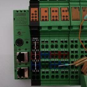 Sterownik - ILC 170 ETH 2TX - 2916532 sprawny używany z kartą