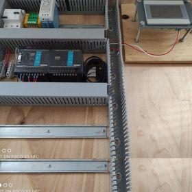 Układ sterowania z PLC i HMI + dod. modułami! Okazja!!