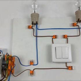 W jaki sposób działa łącznik świecznikowy?