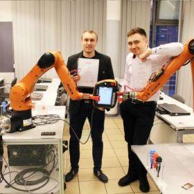 Programowanie robotów KUKA - Szkolenie EMT SYSTEMS